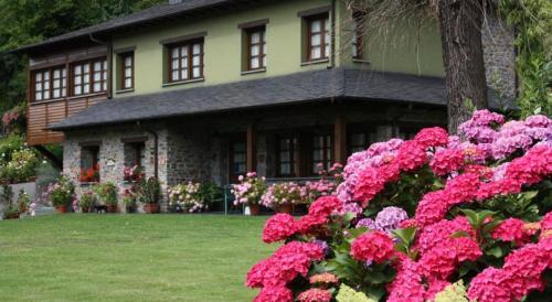 Booking.com: Hoteles en Vega de Rengos. ¡Reserva tu hotel ahora!