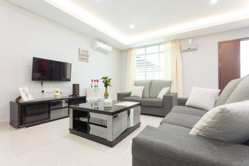 Hin Loi Guesthouse II
