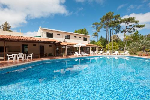 Description for a11y. Apart Hotel Costa Brava