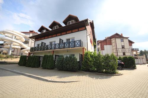 Continental Villa York