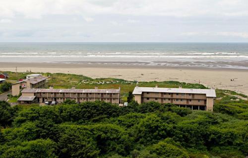 Hi Tide Ocean Beach Resort