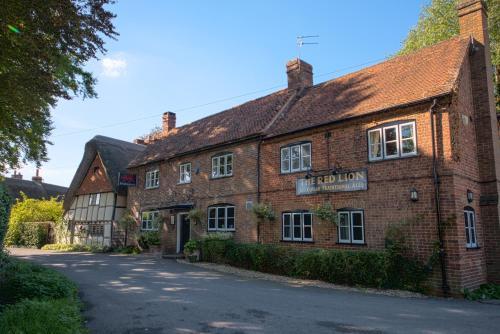The Red Lion Pub & Kitchen