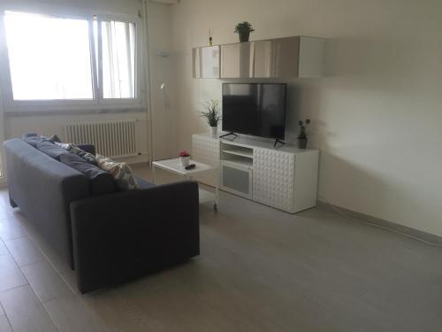 Quina Apartment (Palexpo, ONU)