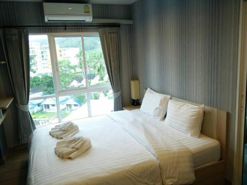 The Seacondo (Room for Holiday)