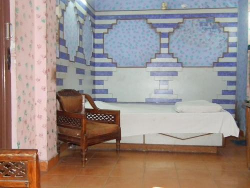 Hotel Paras