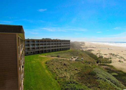 Driftwood Shores Resort
