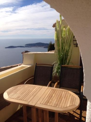 Romantic Hideaway Eze/ Monaco with spectacular sea view