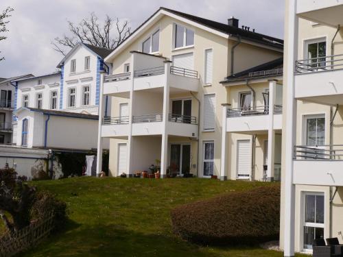 Ferienwohnung Hafenblick - Haus Victoria