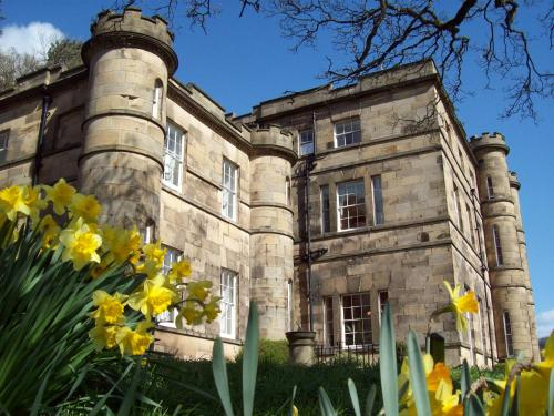 The 10 best hotels with pools in peak district united - Matlock hotels with swimming pools ...