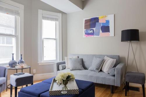 Five-Bedroom on Story Street Apt 1