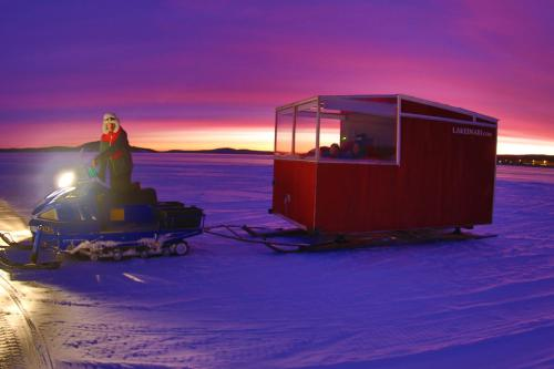 Lake Inari Mobile Cabins