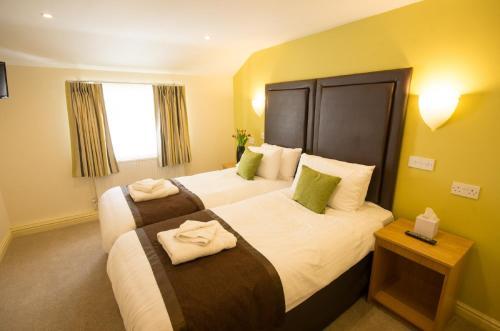 Wakefield Limes Hotel