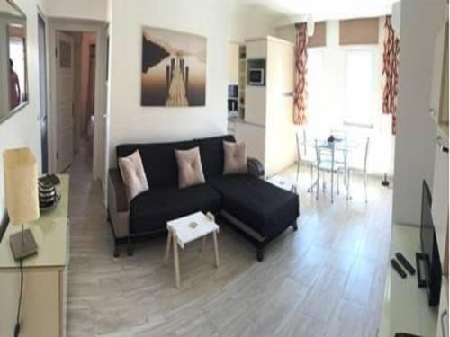 Yaz Apartment