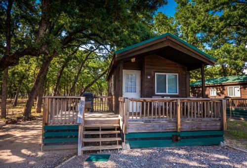 Lake Tawakoni Camping Resort Cabin 3