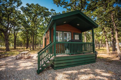 Lake Tawakoni Camping Resort Cabin 2