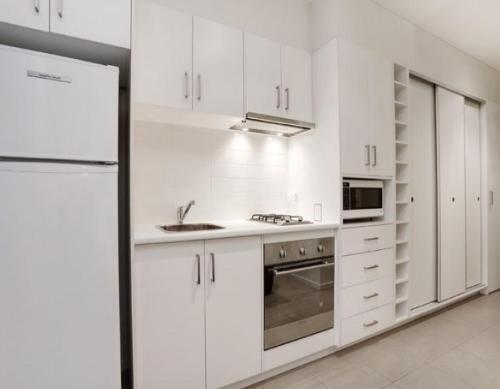 Glen Waverley Apartment