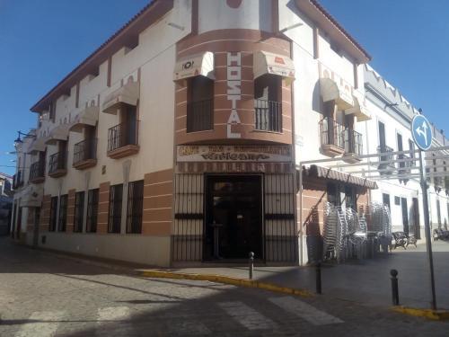 Booking Com Hotels In Monterrubio De La Serena Book Your Hotel Now
