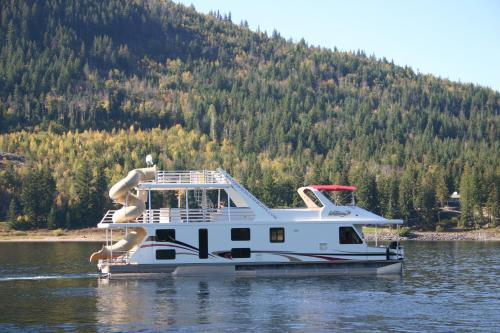 Waterway Houseboat Vacations