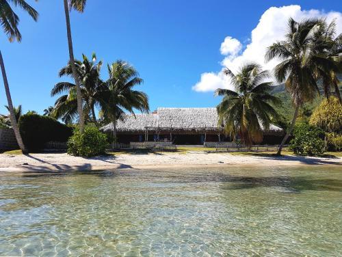 Villa Lagon by Tahiti Homes