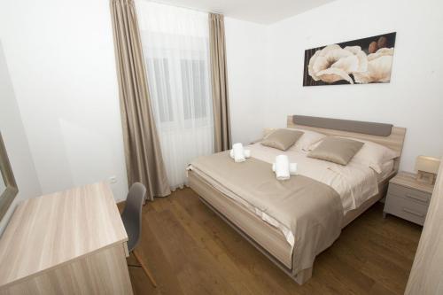LCT Apartment Laura