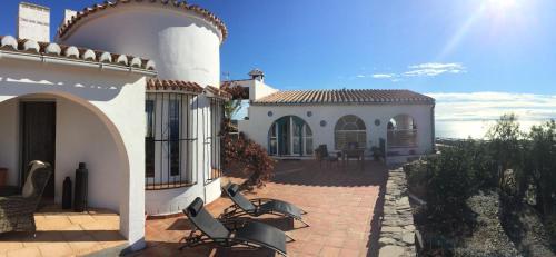 De 10 beste hotels met zwembaden in Sayalonga, Spanje ...