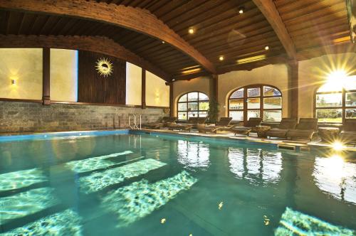 die 10 besten hotels mit pool in bodenmais deutschland. Black Bedroom Furniture Sets. Home Design Ideas