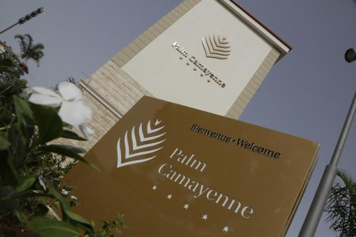 Palm Camayenne
