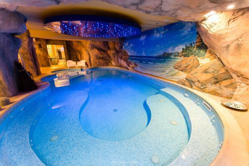 Paradise Hotel & Wellness