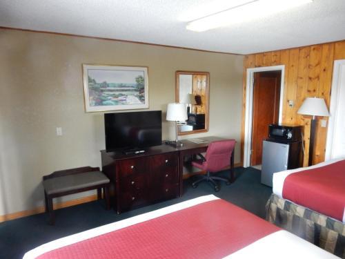 the 10 best motels in missoula usa. Black Bedroom Furniture Sets. Home Design Ideas