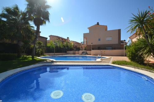The Best Villas In Salou Spain Bookingcom - Billet port aventura groupon