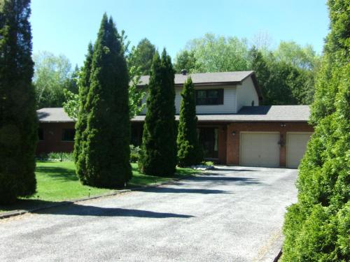 Sauble Beach Deluxe Accommodations