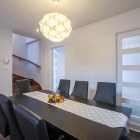 LMVR - The Bulls 2 Floor Apartments