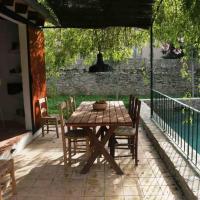 Cas Canonge Villa con jardín y piscina