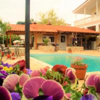 Jacuzzi Pool House