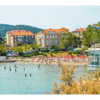 IDRO Studio Apartments directly at the beach