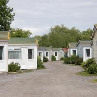 Warrens Village Motel and Self Catering