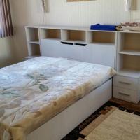 Apartment on Roz 7fl