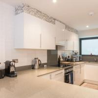 Beautiful Duplex Flat, can sleep 6 , close to tube