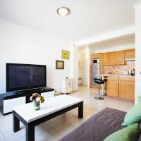 Modern Apartment on Rue d'Antibes