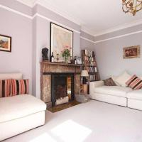 Gorgeous, Spacious 3-Bed Home In North London.