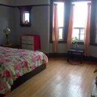 Riverdale Top Floor Suite