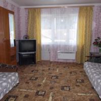 Apartment on Parallelnaya