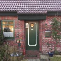 Two-Bedroom Holiday home Hooksiel 01