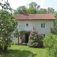 Four-Bedroom Accommodation in Emmaboda