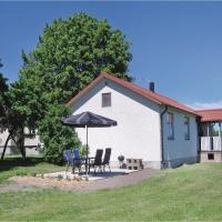Three-Bedroom Holiday home in Lärbro