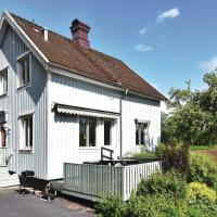 Three-Bedroom Holiday Home in Trollhattan