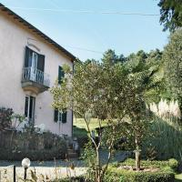 Two-Bedroom Holiday home Lucca -LU- with a Fireplace 01