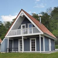 Four-Bedroom Holiday home with a Fireplace in Gråsten