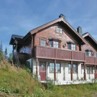 Three-Bedroom Holiday home Sälen with a Fireplace 07