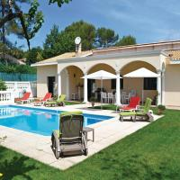 Four-Bedroom Holiday home Roquefort les Pins 0 01